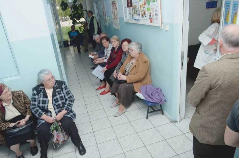 Criză de doctori în Botoşani: 11.000 de bolnavi de diabet sunt consultaţi de doar TREI MEDICI